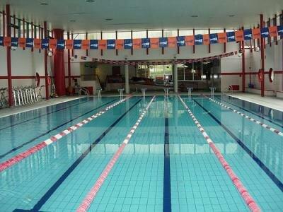Especifica es de piscina de competi o nata o for Piscina 50 metros sevilla