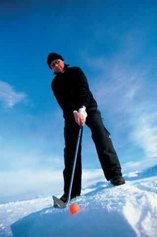 Jogador de golfe na neve