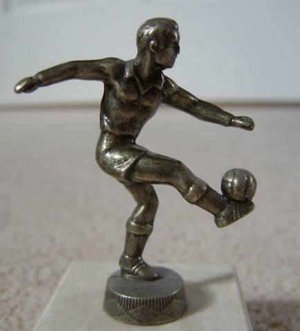 Estátua de jogador de futebol